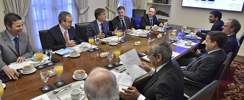 Ministro de Economia se reune con el Comite Ejecutivo 1 23abril2019